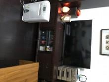 [7成新及以下] 胡桃木電視櫃 展示櫃電視櫃有明顯破損
