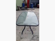 [9成新] 九成新大型玻璃戶外餐桌其它桌椅無破損有使用痕跡