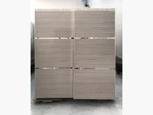 [9成新] 6尺大衣櫃/雙人衣櫃/推門衣櫃衣櫃/衣櫥無破損有使用痕跡