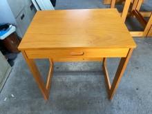 [9成新] 大慶二手家具 半實木一抽書桌書桌/椅無破損有使用痕跡
