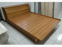 [8成新] 三合二手物流(橡木5*6掀床組)雙人床架有輕微破損