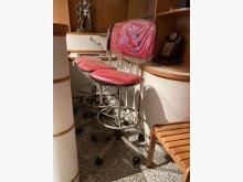 [95成新] 可旋轉高腳椅其它桌椅近乎全新