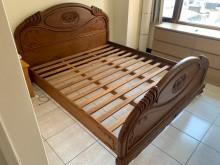 [9成新] 雕花180*200雙人加大床架雙人床架無破損有使用痕跡