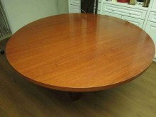 [9成新] 五尺木質大餐桌餐桌無破損有使用痕跡