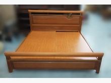 [8成新] B1099*實木色6尺床架*雙人床架有輕微破損