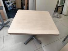 [8成新] 耐用辦公桌,使用狀況良好辦公桌有輕微破損