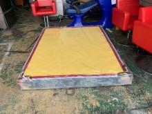 [9成新] 5尺緹花布硬式雙人床墊*標準床墊雙人床墊無破損有使用痕跡
