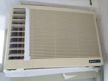 [9成新] 撿便宜 隨便賣 日立窗型冷氣窗型冷氣無破損有使用痕跡