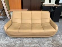 [9成新] 土卡其色皮革7尺 三人座沙發椅雙人沙發無破損有使用痕跡