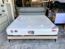 [9成新] 雙人加大6x7尺床組含獨立筒床墊雙人床架無破損有使用痕跡