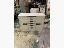 [8成新] 東鼎二手家具【全館自取價】4尺辦公櫥櫃有輕微破損