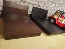 [9成新] 絕對超值胡桃 黑木5x6.2掀床雙人床架無破損有使用痕跡