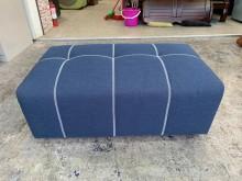 [95成新] 文青風寶藍色3.5尺布面沙發矮凳沙發矮凳近乎全新