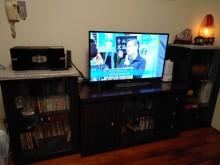 [9成新] 胡桃色典雅高低電視櫃組8尺降價了電視櫃無破損有使用痕跡
