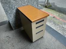 [8成新] 隆發家具行 ▪ 優美桌邊櫃子辦公櫥櫃有輕微破損