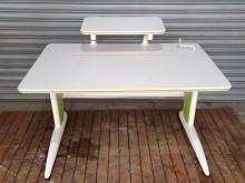 [8成新] E0121可調式成長型書桌書桌/椅有輕微破損