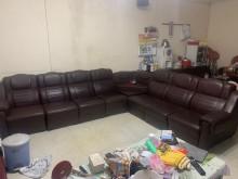 [9成新] 7人座皮沙發,可任意組合多件沙發組無破損有使用痕跡