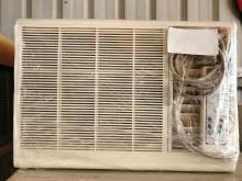 [8成新] (聲寶)  窗型冷氣1噸窗型冷氣有輕微破損