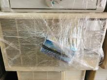 [8成新] 東元3噸  全新面板含線、遙控窗型冷氣有輕微破損