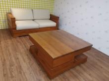 九成新新麗屋柚木雙人沙發木製沙發無破損有使用痕跡