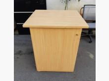木色活動式收納櫃其它櫥櫃有輕微破損