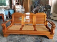 [9成新] 九成新實木沙發3人座木製沙發無破損有使用痕跡