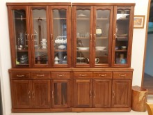 [8成新] 高貴典雅碗盤櫥櫃有輕微破損