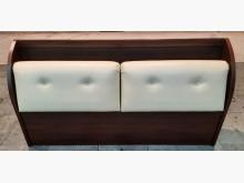 胡桃六尺床頭櫃床頭櫃有輕微破損