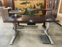[9成新] 大慶二手家具 胡桃色多功能書桌電腦桌/椅無破損有使用痕跡
