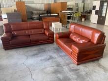 [9成新] 豬肝紅3+2半牛皮沙發組多件沙發組無破損有使用痕跡