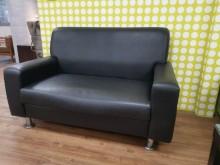 [9成新] 尊爵黑高級透氣皮雙人沙發單人沙發無破損有使用痕跡