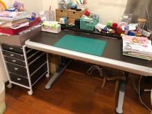[9成新] 首席書桌椅書桌/椅無破損有使用痕跡