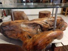 [8成新] 造型檜木桌餐桌有輕微破損