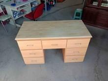 [9成新] 木紋7抽書桌H03791快樂福書桌/椅無破損有使用痕跡