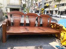 [8成新] 搬家百年不壞原木3人椅木製沙發有輕微破損