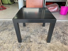[9成新] 香榭二手*IKEA黑色 正方矮桌茶几無破損有使用痕跡
