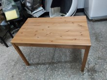 二手實餐桌 三重二手家具餐桌無破損有使用痕跡