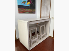 [8成新] 有情門磐石早餐桌+滑翔吧椅兩餐桌椅組有輕微破損