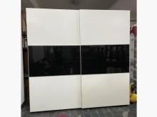 [9成新] 三合二手物流(8尺時尚滑軌衣櫃)衣櫃/衣櫥無破損有使用痕跡