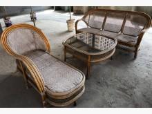[8成新] 台灣製造竹籐沙發組全部一起399籐製沙發有輕微破損