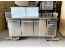 [95成新] 6尺工作台冰箱/沙拉吧冰箱冰箱近乎全新