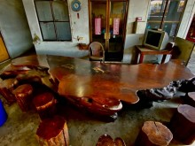 [9成新] 大型花梨原木木桌+木椅12張其它無破損有使用痕跡