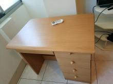 [9成新] 使用良好的書桌~半買半送~書桌/椅無破損有使用痕跡