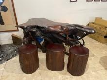 [95成新] 紅豆杉原木座椅+樹頭鐵刀木茶桌茶几近乎全新