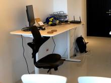 [95成新] 九成新 IKEA [電動]升降式電腦桌/椅近乎全新