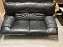[9成新] 半牛皮雙人沙發雙人沙發無破損有使用痕跡