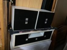 [7成新及以下] 黑白雙煞電視櫃電視櫃有明顯破損