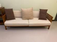 [9成新] 詩肯柚木 三人座沙發木製沙發無破損有使用痕跡