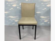 [7成新及以下] F70213*灰皮餐椅*餐椅有明顯破損
