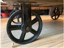 [9成新] 實木鐵件工業風-可滑動茶几茶几無破損有使用痕跡